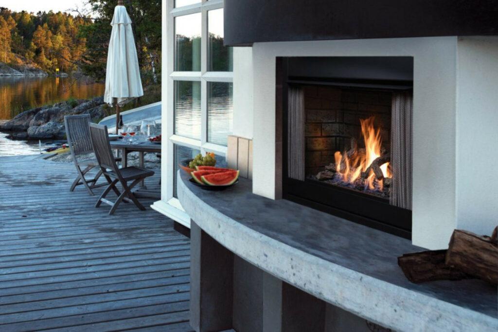 Kingsman OFP42 Outdoor Fireplace