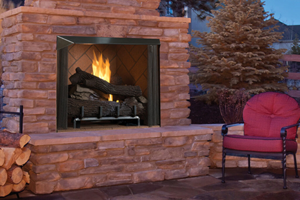 Superior VRE6000 Outdoor Fireplaces